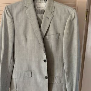 Seersucker Brooks Brothers suit.